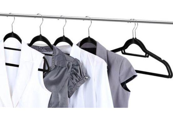 Stevige suede kledinghangers 50 stuks - Nooit meer afglijdende kleding