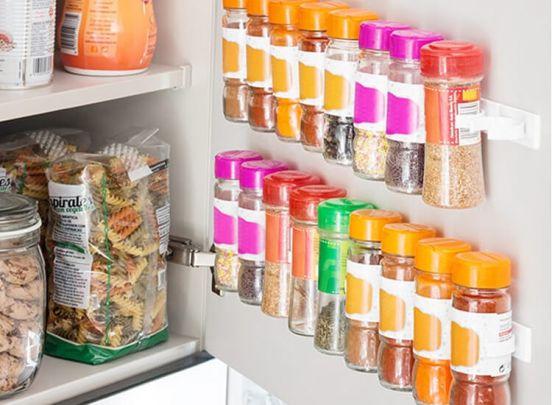 Zelfklevend kruidenrek - Ideaal om te bevestigen in kastdeuren of op de wand