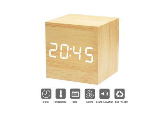 Design Wekker met Houtlook - Met Datum & Temperatuurweergave