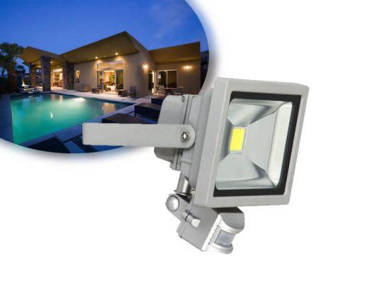 Smartwares XQ1221 - LED floodlight schijnwerper - met sensor - voor buiten