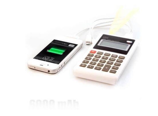 Krachtige 6000 mAh powerbank - Met ingebouwde rekenmachine